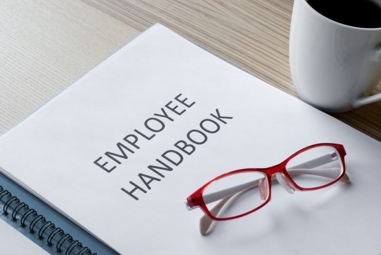 How to Update Your Employee Handbook in the New Year